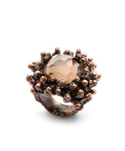 ring by Daniela De Marchi (bronze and pink quartz).