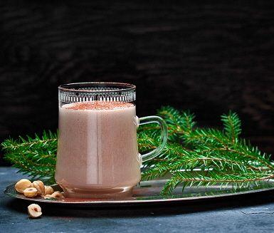 Eggnog är populärt i USA och förknippas ofta med Thanksgiving och jul. Drycken påminner om äggtoddy men är lite lösare i konsistensen då den innehåller mjölk. Eggnog med Nutella är en magiskt god variant som förutom Nutella innehåller, nyvispad grädde och apelsin. Resultatet blir en sammetslen och värmande dryck som alla älskar.
