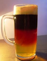 German flag color beer  Bierglas Schwarz Rot Gold. Heute ist der Tag des deutschen Bieres!    bierglasblog.de
