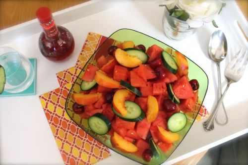1 cup of watermelon chunks  1 cup of hothouse cucumber, sliced  About 10 cherries, pitted  1 medium nectarine, sliced  1 1/2 tablespoon of red wine vinegar  1/2 lime juice, squeezed  1 sprinkle of sea salt