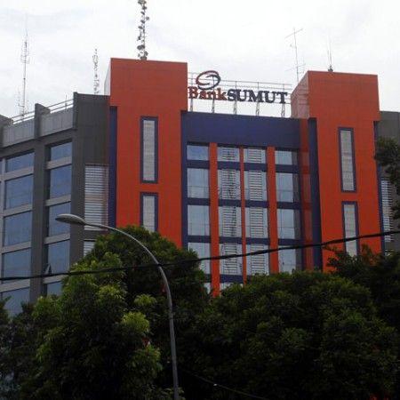 Foto: DANIL SIREGAR/SUMUT POS Kantor PT Bank Sumut di Jalan Imam Bonjol Medan, Rabu (3/2).