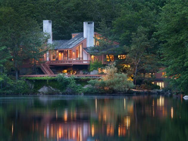 Maharishi additionally Features Jordan Lake also Alpine additionally Farmhouse On The Lake likewise Sacandaga. on lake homes
