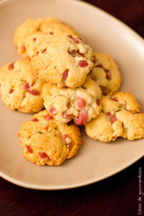 Biscuits salés aux lardons et au parmesan