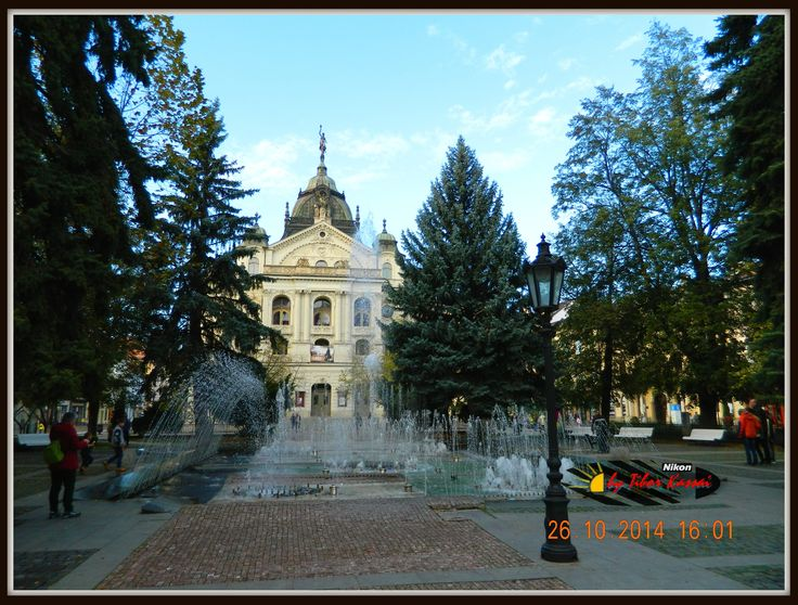 Kassa -Košice - fontána pred divadlo / Állami Színház