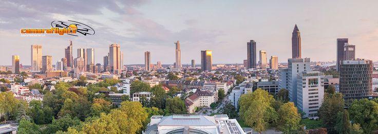 Looks surreal, Frankfurt am Main [2,693 × 4,000