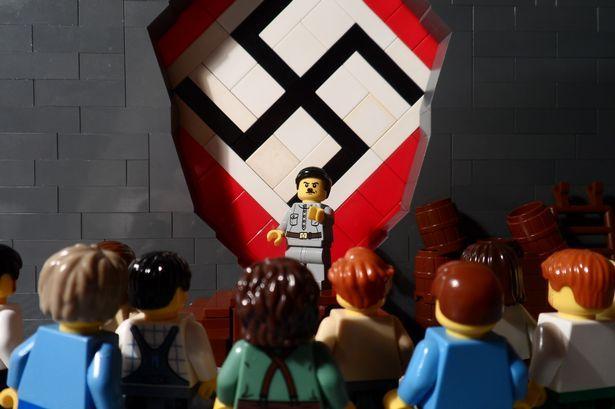 lego hitler - Hledat Googlem