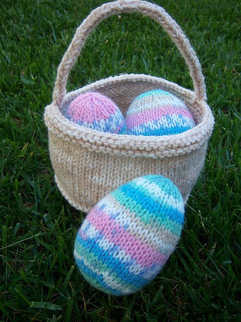 The 11 Best Easter Knitted Baskets Images On Pinterest Knit Basket