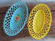 Vintage 1950's/1960's Plastic Serving Baskets Aqua and Yellow Baskets Serving Trays Mid Century BBQ Cookout Camping Retro Kitchen Dinnerware