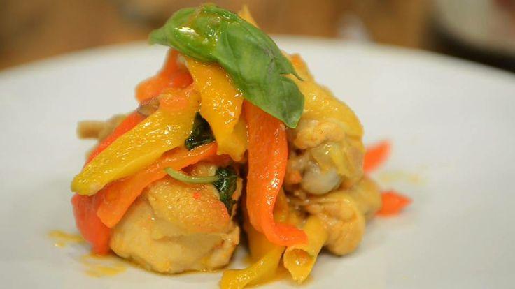 Pollo con i peperoni di Max Mariola.