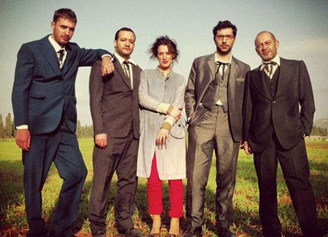 Tango With Lions : Ένα ελληνικό μουσικό συγκρότημα… μια μεταβαλλόμενη κολεκτίβα