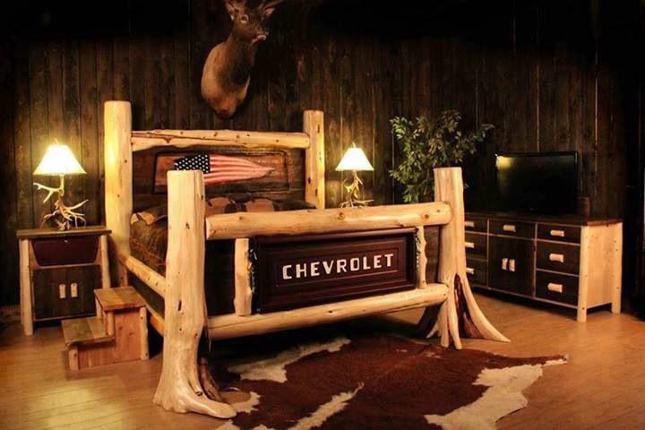 Redneck chevy tailgate bed alt d clever pinterest for Redneck bedroom ideas