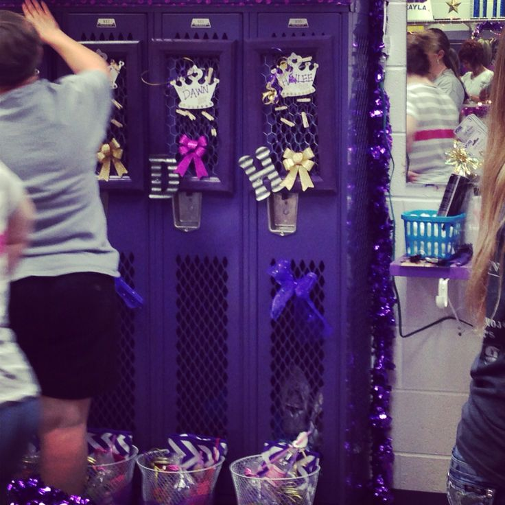 11 besten Cheer Locker room decorations Bilder auf Pinterest | Cheer ...
