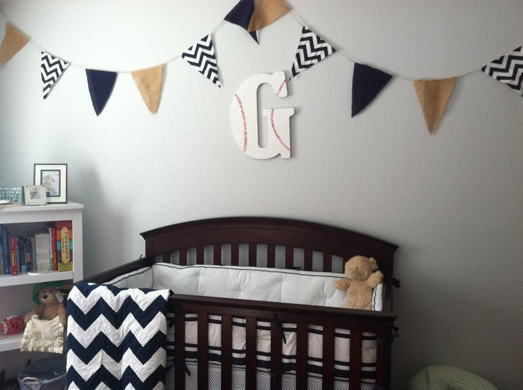 Baseball letters for a boys room. Must remember if ever needed!