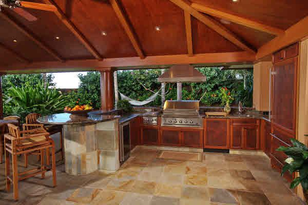 Outdoor hawaiian kitchen stunning outdoor barbecues for Indoor outdoor kitchen designs