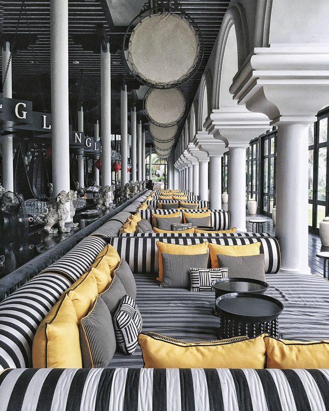 L_O_N_G bar, Intercontinental Da Nang Sun Peninsula