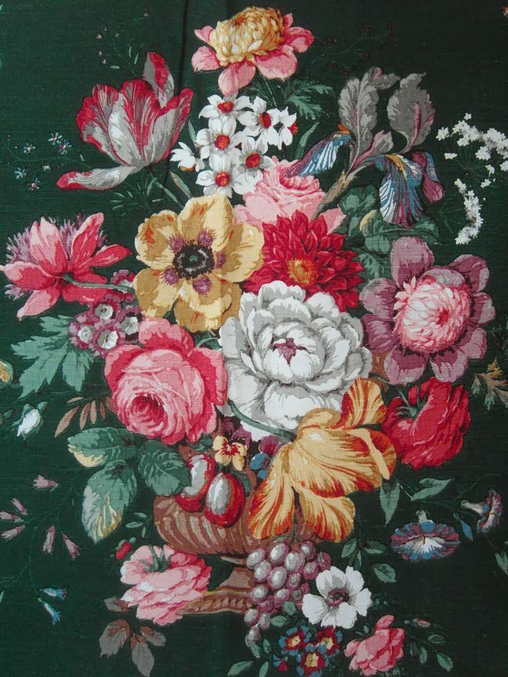 Vintage floral fabric (Sanderson)