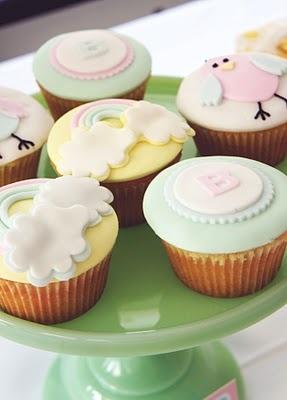 pastel baby shower (rainbow, monogram and bird cupcakes): Shower Ideas, Cupcakes Rainbows, Cute Baby, Baby Shower Cakes, Baby Shower Cupcakes, Cupcakes Baby, Pastel Cupcakea, Babyshower Cupcakes, Pastel Baby Shower