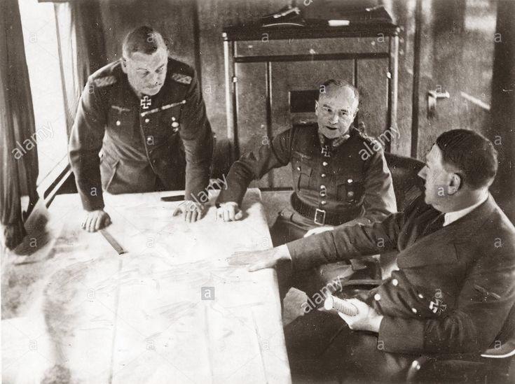 Adolf Hitler, Walther von Brauchitsch, Wilhelm Keitel.