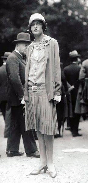 1920's Chanel, Yola Letellier - Grand Prix de Longchamp - Photo by the Seeberger Brothers