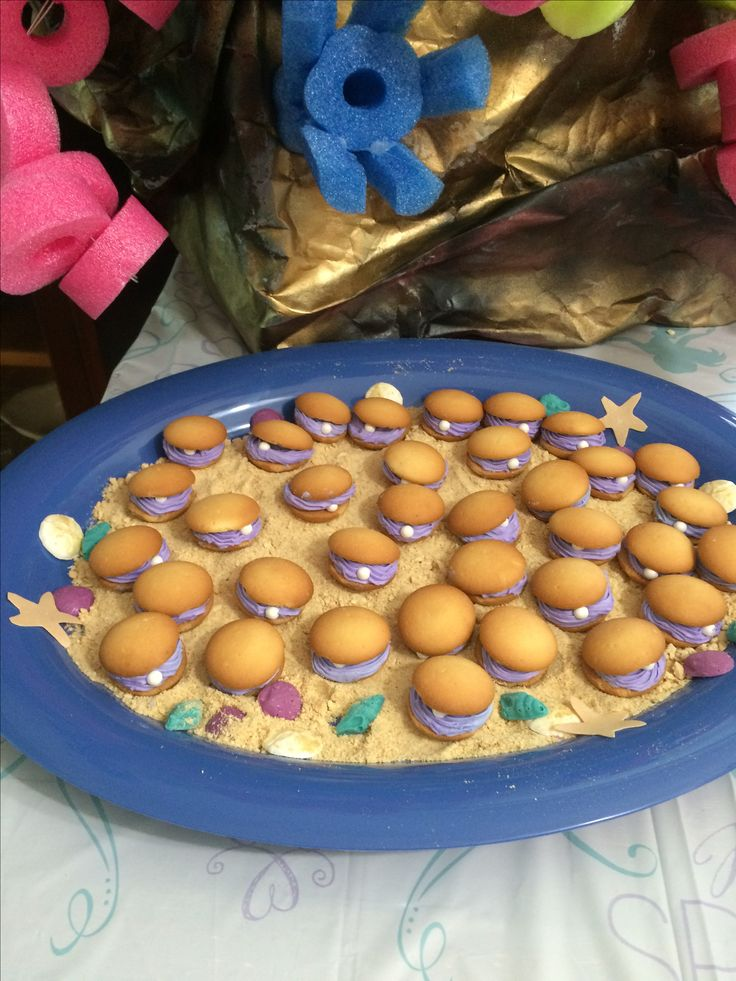 Mermaid cookies, clam shell cookies