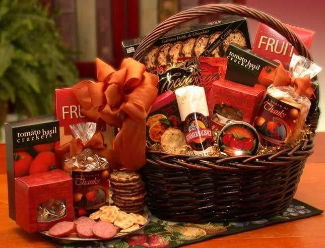 World Of Thanks Gourmet Gift Basket  #gifts #finegifts #freeshipping