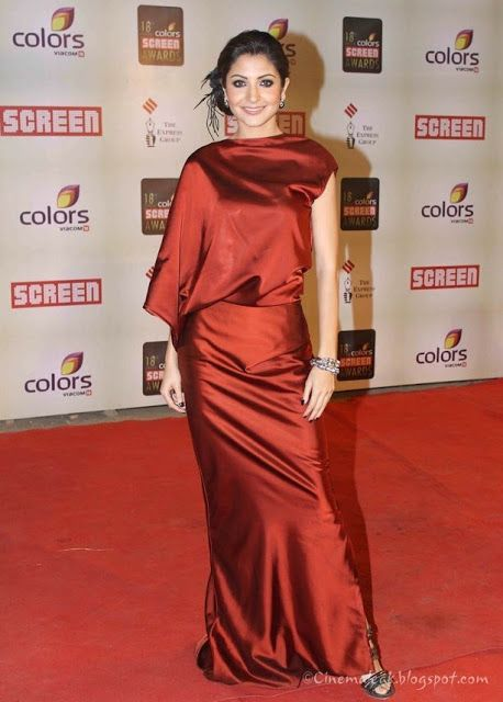 Anushka Sharma in Hot Red Sexy dress — Entertainment Exclusive Photos