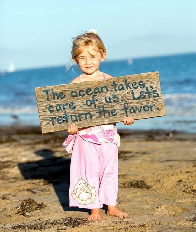 """""""O oceano cuida de nós. Vamos retribuir o favor."""" Sem desperdícios, ou lixo jogado nos mares... É preciso preservar este planeta. www.eCycle.com.br Sua pegada mais leve."""