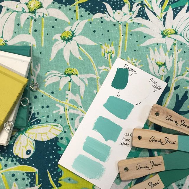 The Flannel Flower print by Utopia Goods looks good with Chalk Paint® by Annie Sloan colors Florence, Pure White, and English Yellow. Beautiful mixing and matching by Stockist Brocante in the Barossa.