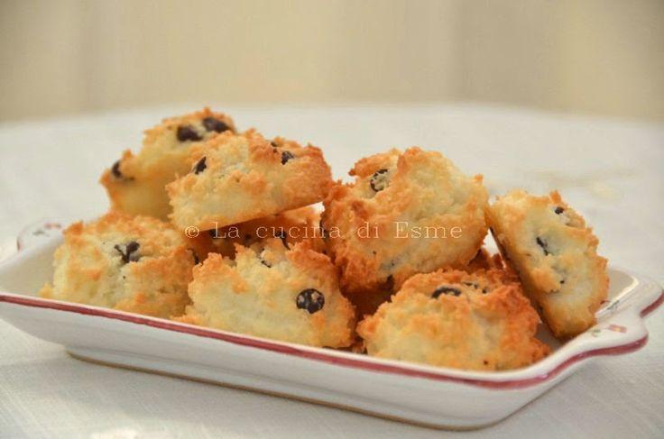 La cucina di Esme: Biscotti solo albumi al cocco e cioccolato