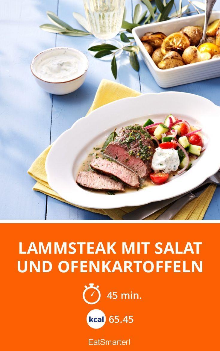 Lammsteak mit Salat und Ofenkartoffeln - smarter - Zeit: 45 Min.   eatsmarter.de