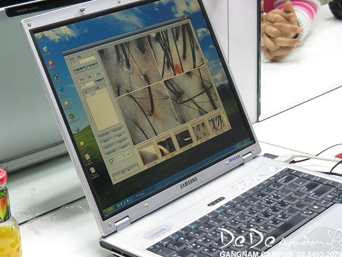 샴푸의 목적과 방법 알아 보기    샴푸는 모발에 있는 이물질을 제거하는 것을 말하는데요~ 강남헤어 학원에서 샴푸의 목적과 정확한 세정 방법에 대해 알려드리도록하겠습니다!    도도아카데미 강남본원 http://blog.naver.com/kalavin0070/220365397435