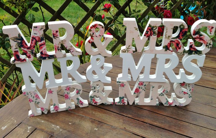 WEDDING GIFT WHITE PINK FLORAL MR & MRS LETTERS MR & MRS SIGN MR AND MRS LETTERS