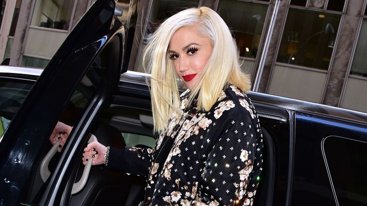 On the Charts: Gwen Stefani Lands First Number One Solo LP #headphones #music #headphones