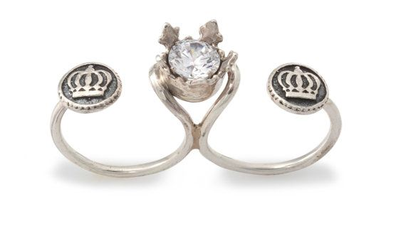 Women's In Between Fingers Silver Ring with 1 Synthetic Stone Inside Crown and 2 Crown Buttons - Kabbalah Inspired - Handmade per Order