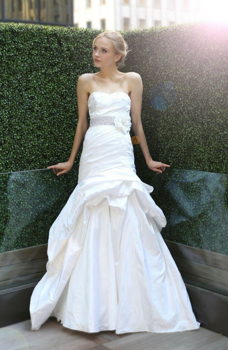 943 best Novias con Estilo images on Pinterest | Wedding bridesmaid ...