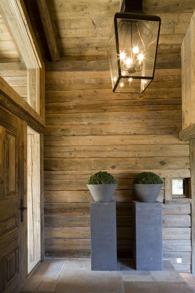 Rustic wood contrasted with glass & clean-lined contemporary elements - Rachel Laxer