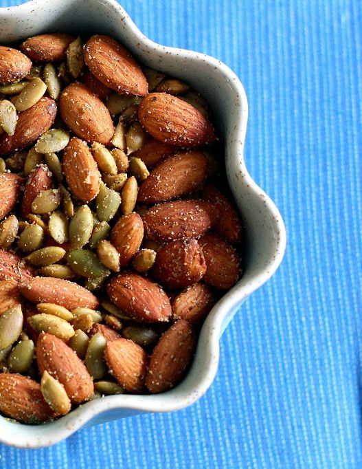 Spiced almonds and pepitas, a healthy and tasty snack. #vegan #glutenfree