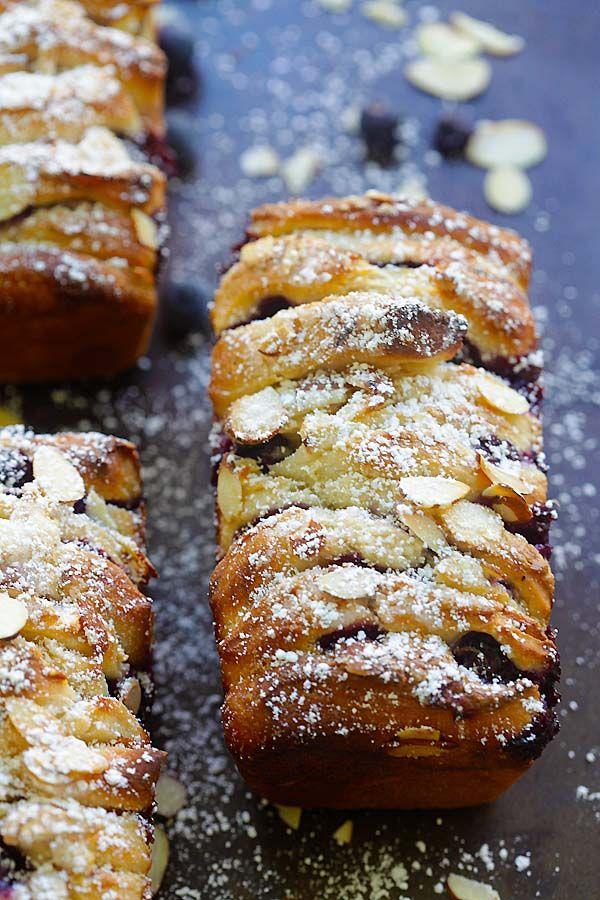 Arándano-queso crema Pull-Aparte Pan - el mejor pan pull-apart cargado con crema de queso y arándanos.  Es tan delicioso |  rasamalaysia.com