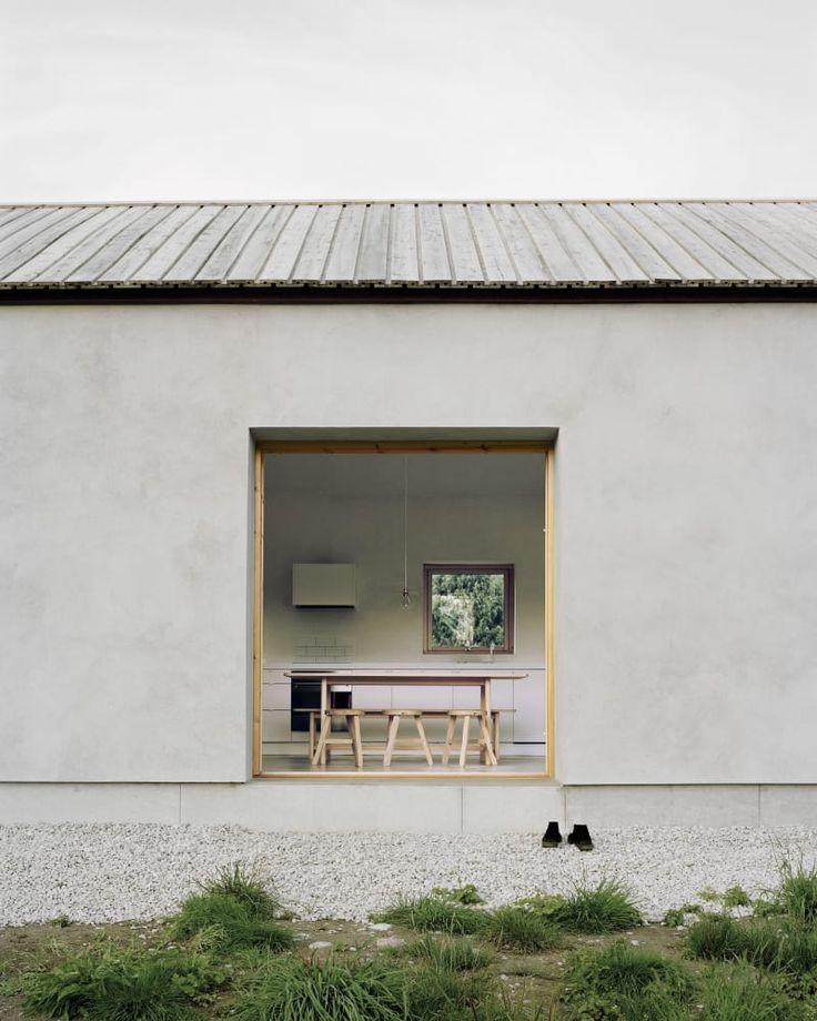 Simplicity. House on Gotland by Etat Arkitekter. Photography by Rasmus Norlander