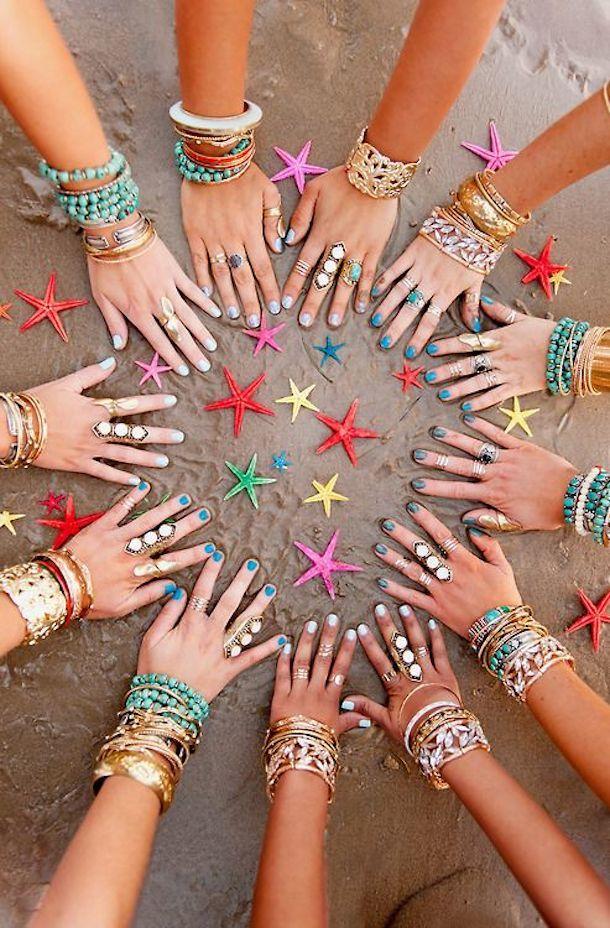 pulseras y anillos étnicos
