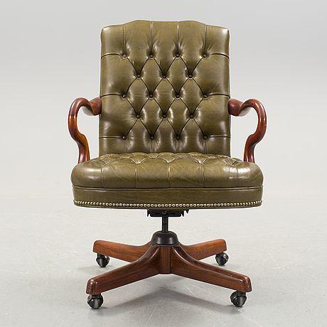 Snurrstol, Chesterfield-typ, Alex Stuart Design Inc, Chatsworth California USA, 1900-talets slut.