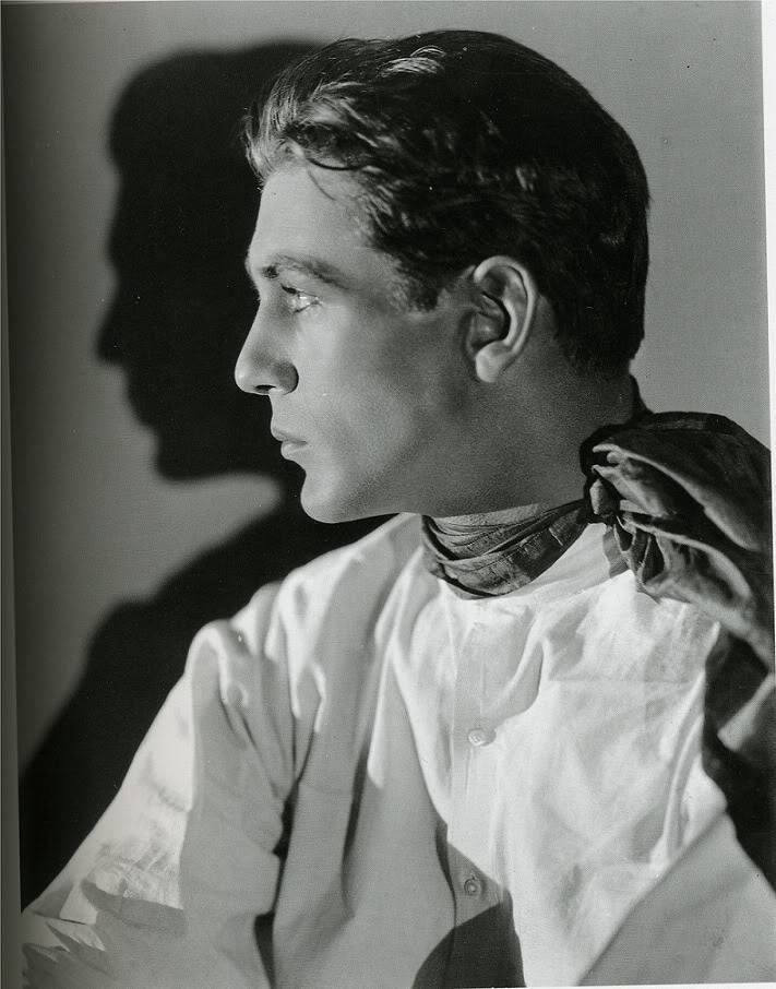 And speaking of beauty, here's Gary Cooper, early 1930s