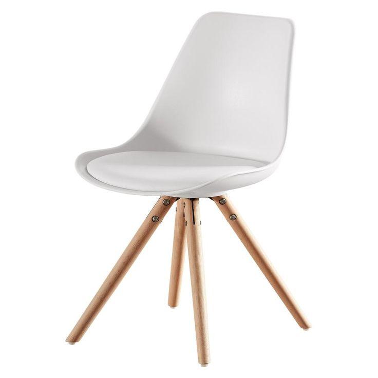 Sie lieben den skandinavischen Stil? Sie können von Möbeln im angesagten Retro-Look gar nicht genug bekommen und sind auf der Suche nach einem Stuhl für Ihr Esszimmer oder andere Wohnräume? Was für ein Glück! Unser Schalenstuhl Woody vereint alle diese Vorzüge und hat obendrein noch eine äußerst komfortable Sitzfläche. Sein modernes Design macht ihn außergewöhnlich und begehrenswert. Woody kann zudem in vielen Räumlichkeiten zum Einsatz kommen.