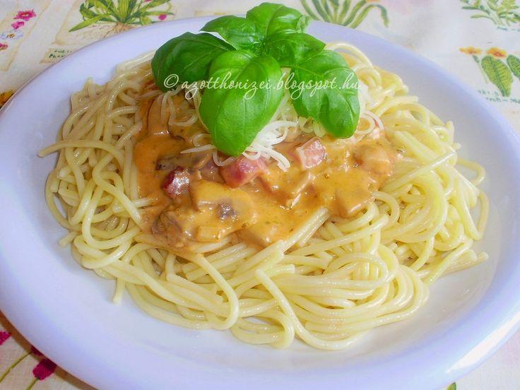 Tejszínes, tarjás, gombás spagetti