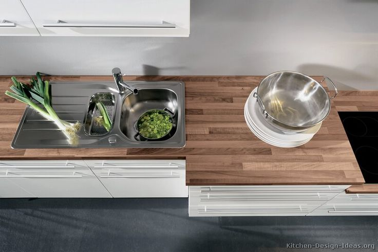 kitchen-cabinets-modern-white-012-A041g-wood-laminate