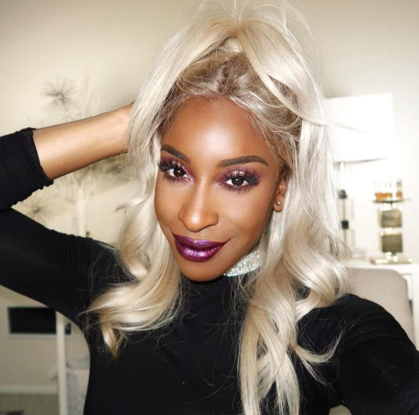This is Jackie Aina, a beauty vlogger best known for her hilarious and informative beauty videos for women of colour. | YouTuber Jackie Aina Shut Down A Man Who Told Her To Stop Talking About Race