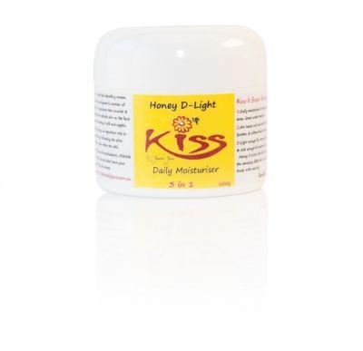 Honey D Light Daily Moisturiser 100gms -