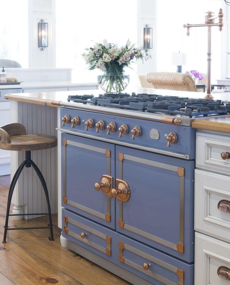 Dura Supreme Cabinetry design by Jenny Rausch of Karr Bick Kitchen & Bath. Photo by Studio 10Seven.