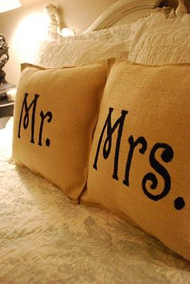 DIY Burlap Throw Pillows for the family LOVE- great wedding present idea