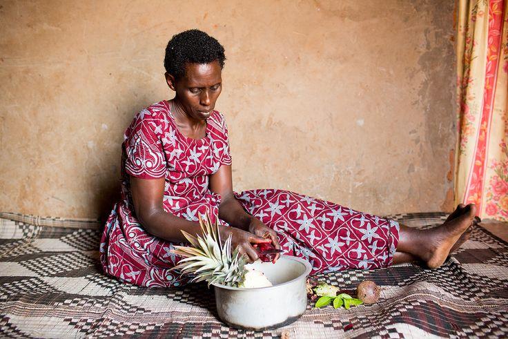 Peeling fruit in Rwanda (Photo credit: Esther Havens)